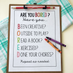 Things to Do When Bored- print out this sheet to use with your kids. www.thirtyhandmadedays.com