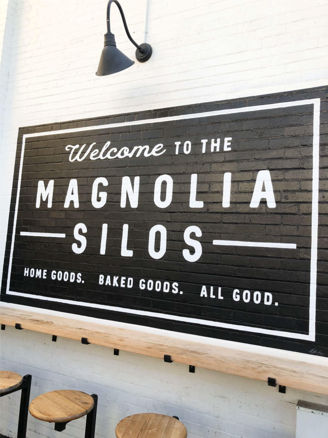Magnolia Market Tips - go to the Silos! Take a pic in front of the sign