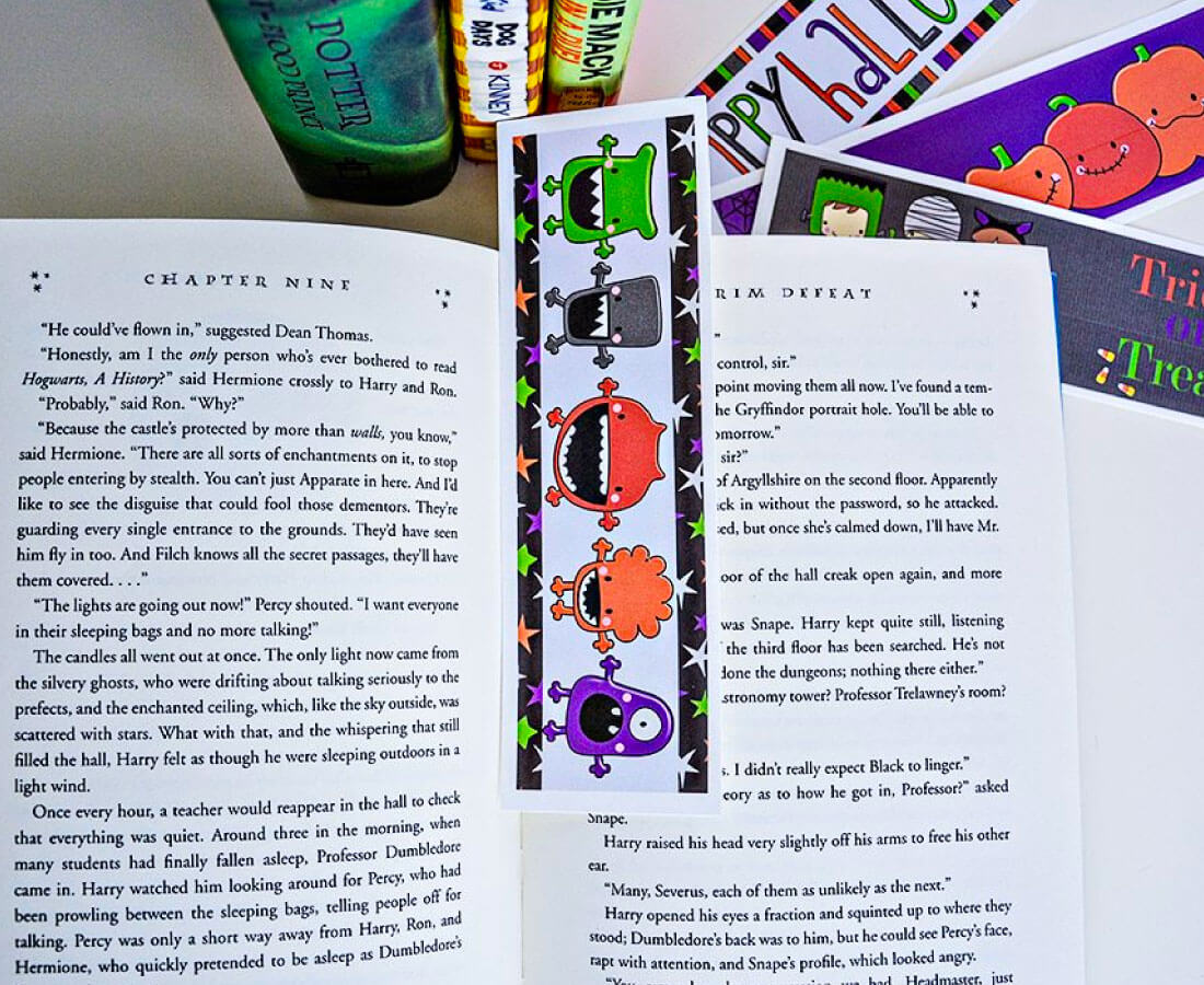 Halloween Printable: non candy idea for bookmarks