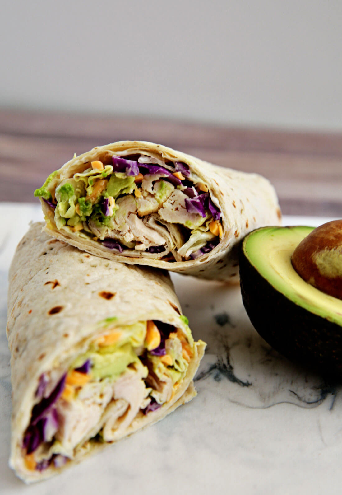 Ranch Chicken Wrap - an easy to make, healthy lunch or dinner idea. www.thirtyhandmadedays.com
