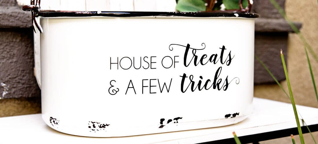 Trick or Treat DIY Halloween Decorations with Cricut